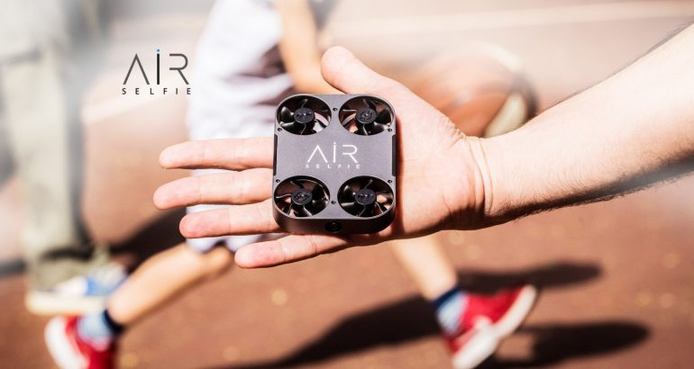 AirSelfie Takes Flight With New Aerial Cameras at CES 2019
