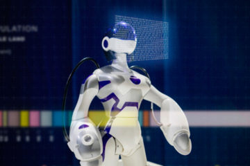 Robosen Robotics Debuts T9 at CES 2020 – the World's Most Advanced and Programmable Robot